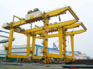 Продать козловой кран контейнерныйиз Китая