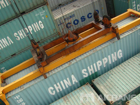 Купить композитный спредер для контейнеров